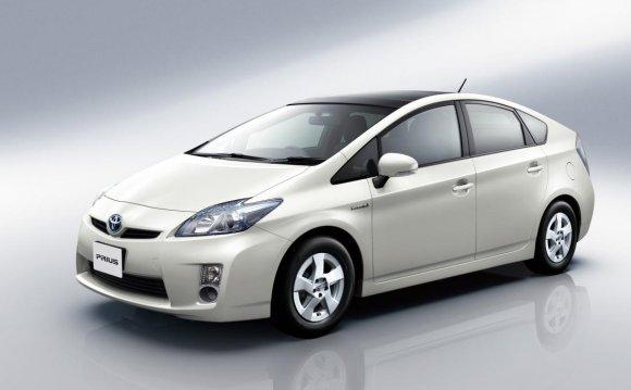 A Toyota Prius hybrid car