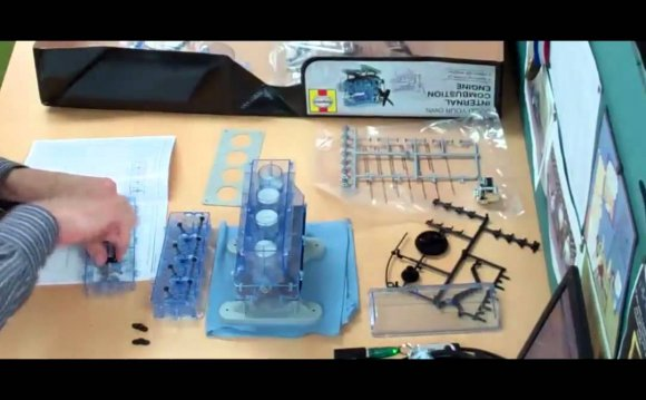 Build your own internal combustion engine Kit
