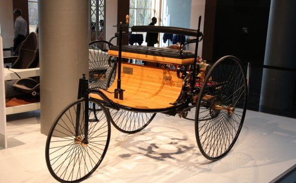 First combustion engine car